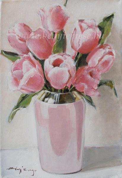 Tulipánok rózsaszín vázában - csendélet festmény